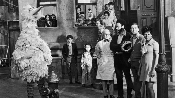 circa 1969:  Cast members of the television show, 'Sesame Street,' posing on the set with some of the puppet characters. Left to right: Will Lee (1908 - 1982), Matt Robinson (1937 - 2002), Bob McGrath and Loretta Long with (left to right) Big Bird, Cookie Monster, Grover, Ernie, Bert and Oscar the Grouch.  (Photo by Hulton Archive/Getty Images)