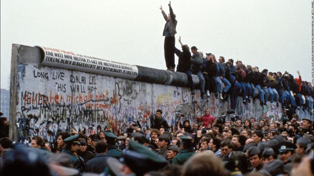 Germany marks 30 years since the fall of the Berlin Wall