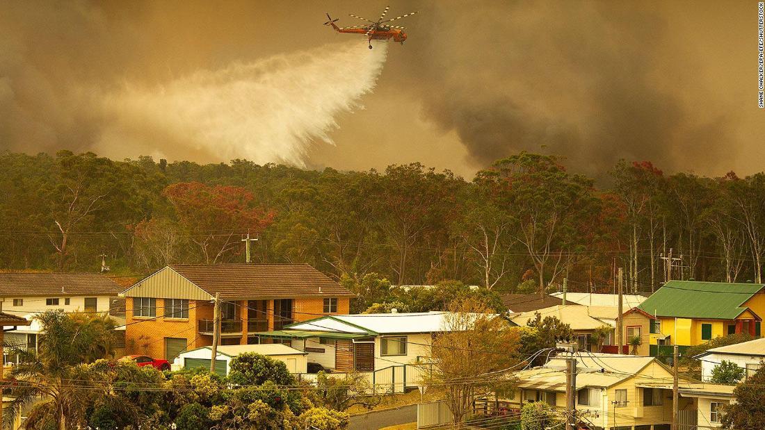 'Unprecedented' bushfires rip through Australia's New South Wales