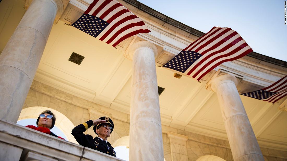 Veterans Day 2019: Hier ist, was offen und geschlossen
