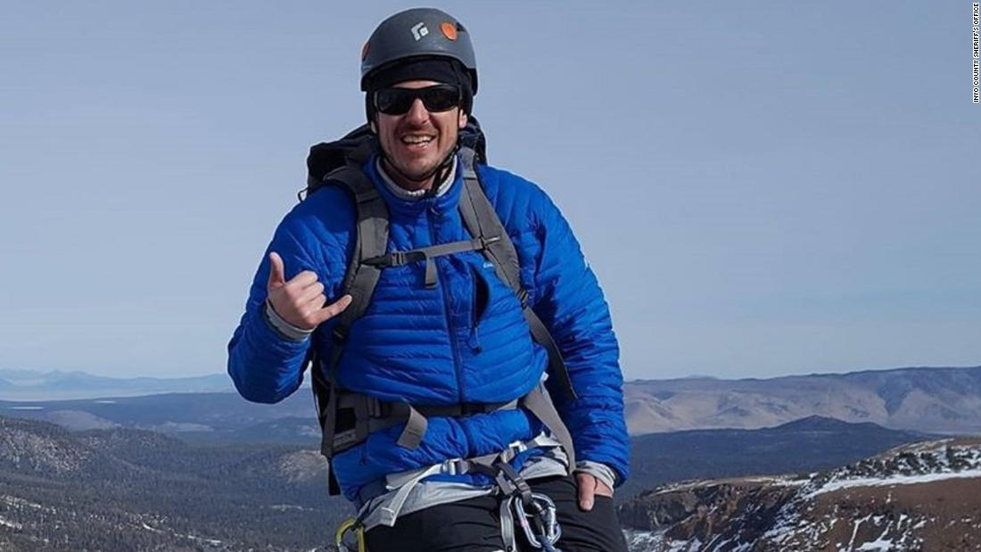 California hiker Alan Stringer is found dead on top of a glacier - CNN