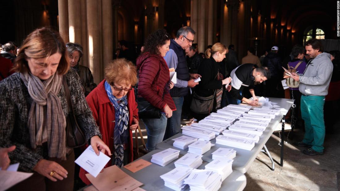 Spanischen Sozialistischen Arbeiter-Partei gewinnt die Wahl aber hinter der Mehrheit
