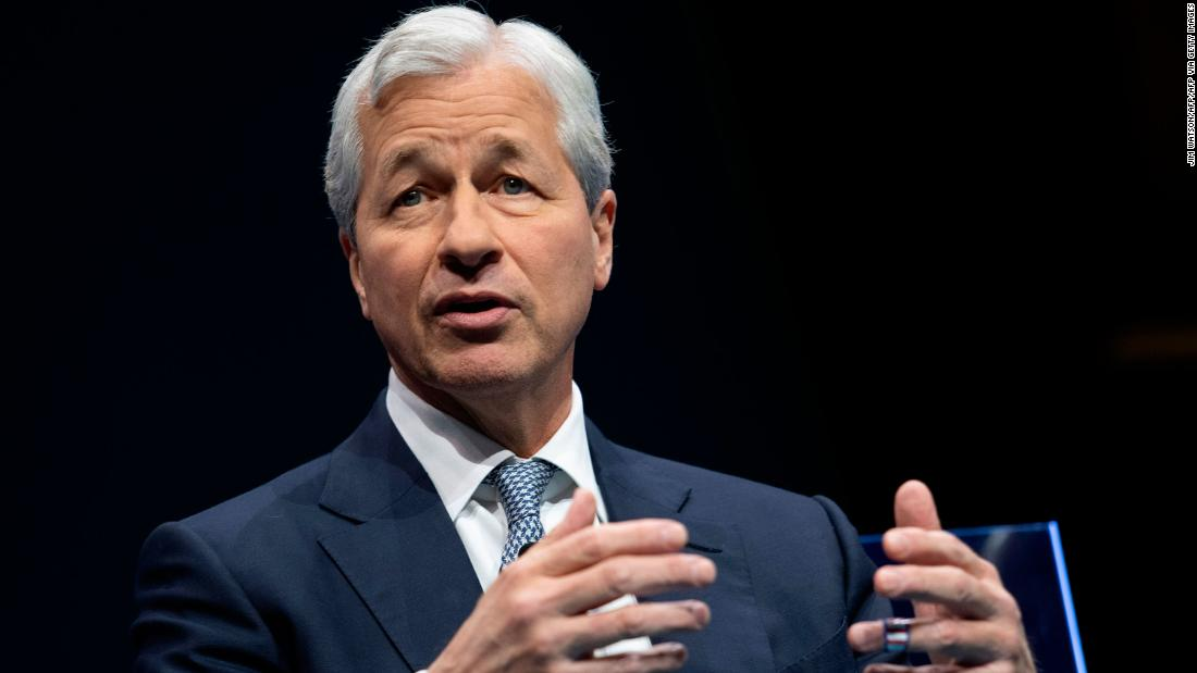 Billionaire Jamie Dimon agrees with Elizabeth Warren on this one point