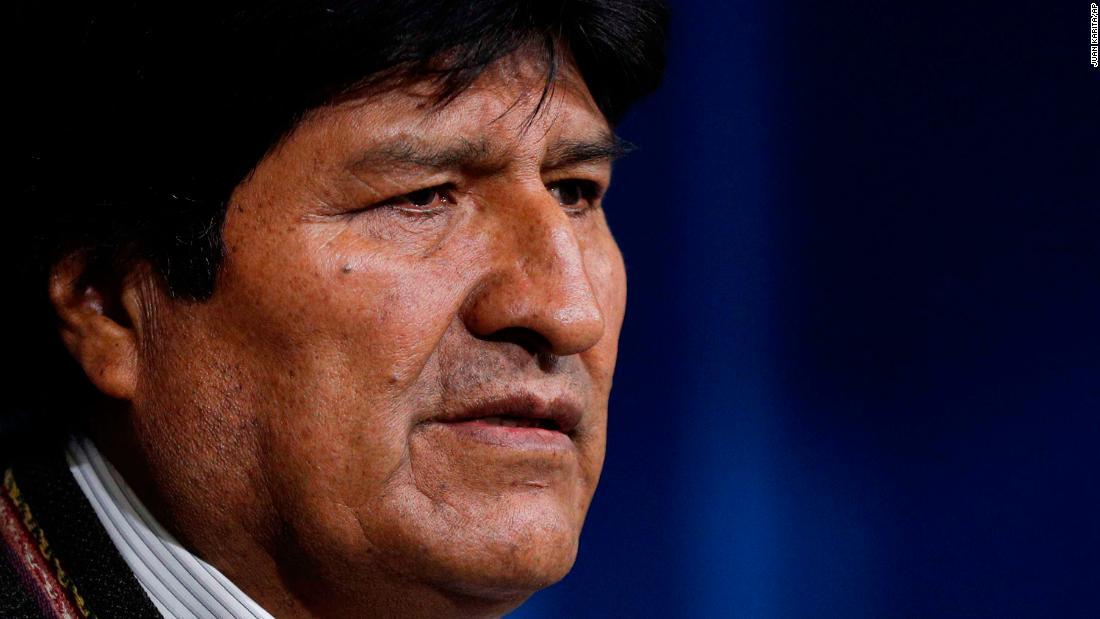 Bolivia mantan presiden Evo Morales menerima suaka politik di Meksiko