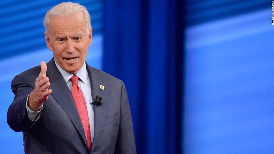 Biden adalah Warren 'anda melakukannya dengan cara saya' sikap dan 3 lainnya CNN balai kota takeaways