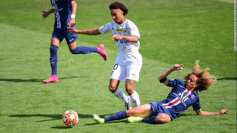 PSG's Xavi Simons (right) in action during the Under-19 match between Paris Saint Germain and Amiens on September 8, 2019 in Paris, France.