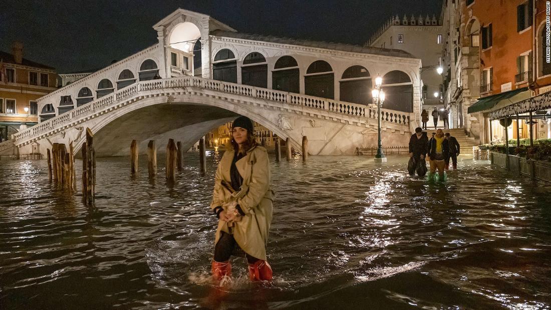 Βενετία κλήσεις για κατάσταση έκτακτης ανάγκης, μετά τη χειρότερη πλημμύρα σε πάνω από 50 χρόνια