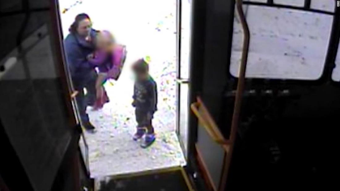 Bus driver helps two children in brutal Wisconsin cold