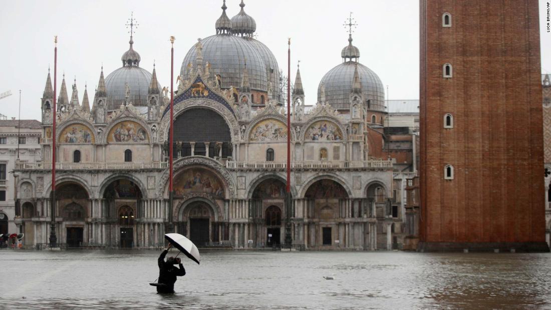 Venedig Treffer durch die schlimmsten überschwemmungen seit 1966