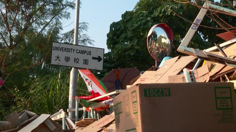 Protests persist at the Chinese University in Hong Kong where class has been cancelled