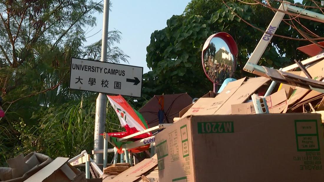 Hong Kong's student protesters are turning campuses into fortresses