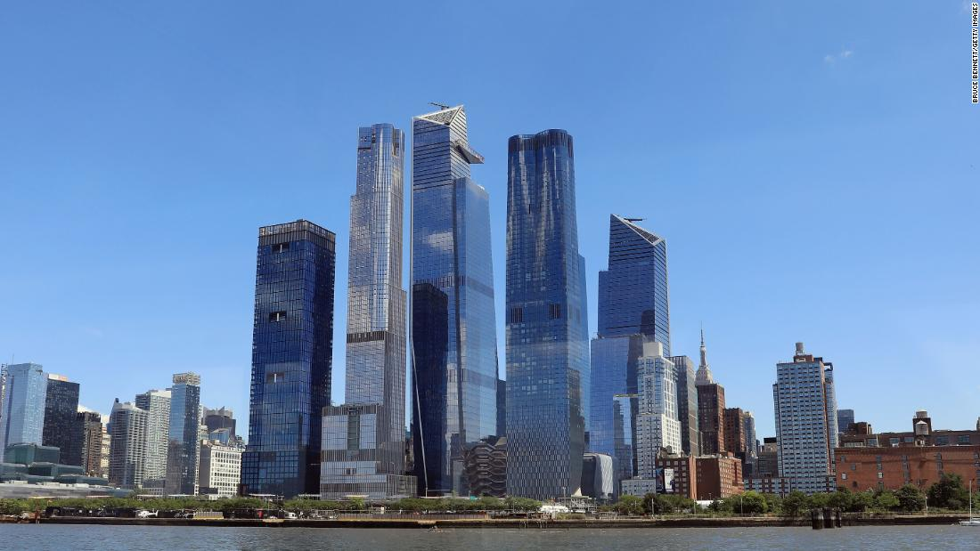 Facebook signed a lease for 30 floors of office space in New York's Hudson Yards