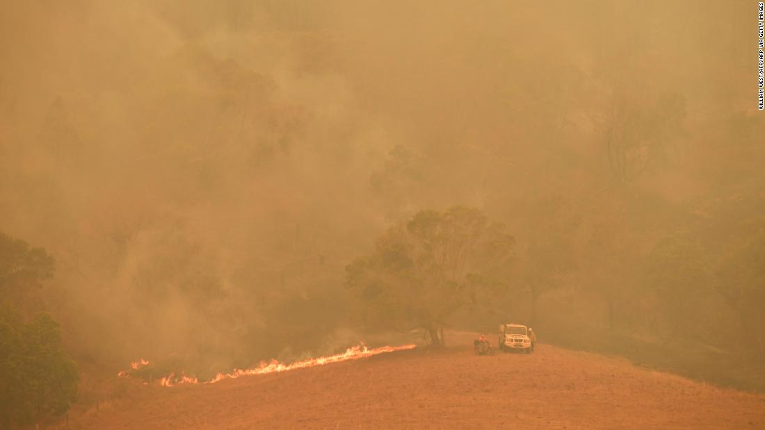 As deadly Australia bushfires rage, Sydney may be running out water