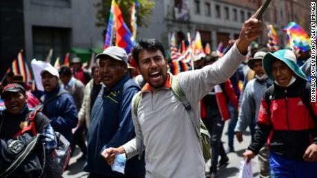 Supporters of Bolivian ex-President Evo Morales protest against the interim government in La Paz on November 15, 2019.