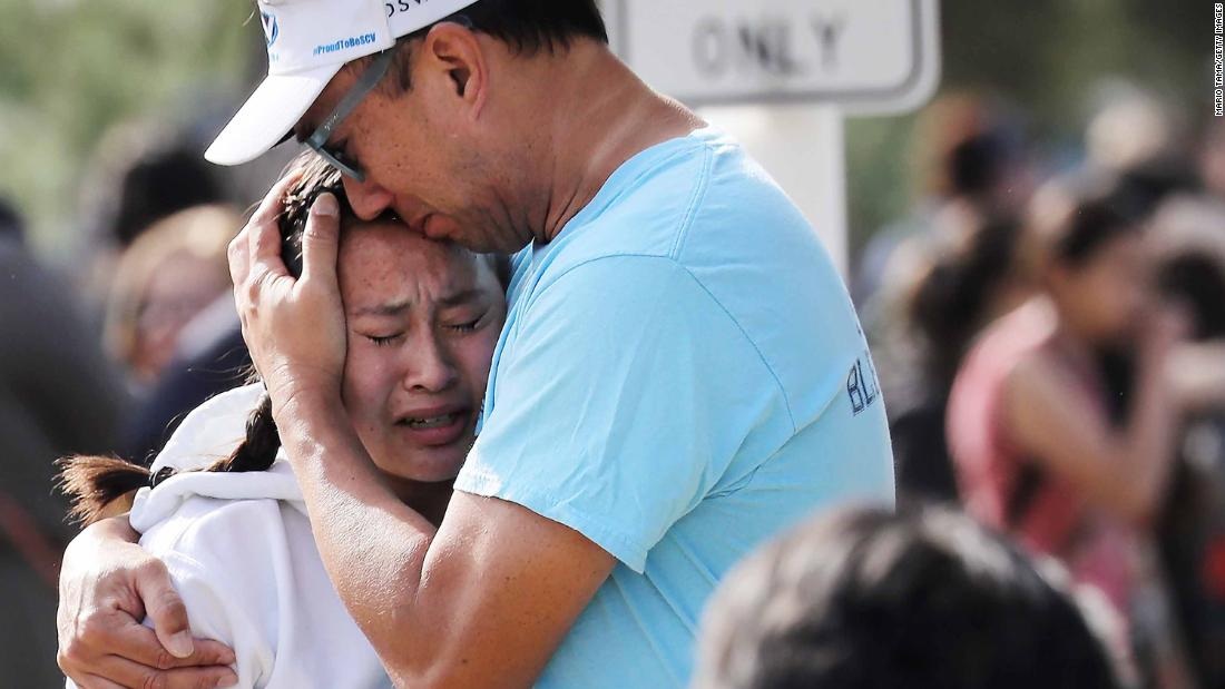 How to help Saugus High School shooting victims' families and students