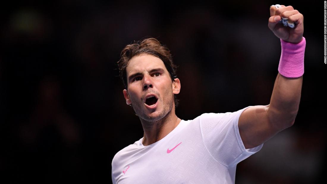 Chung kết ATP: Nadal cạnh Tsitsipas nhưng vẫn thoát