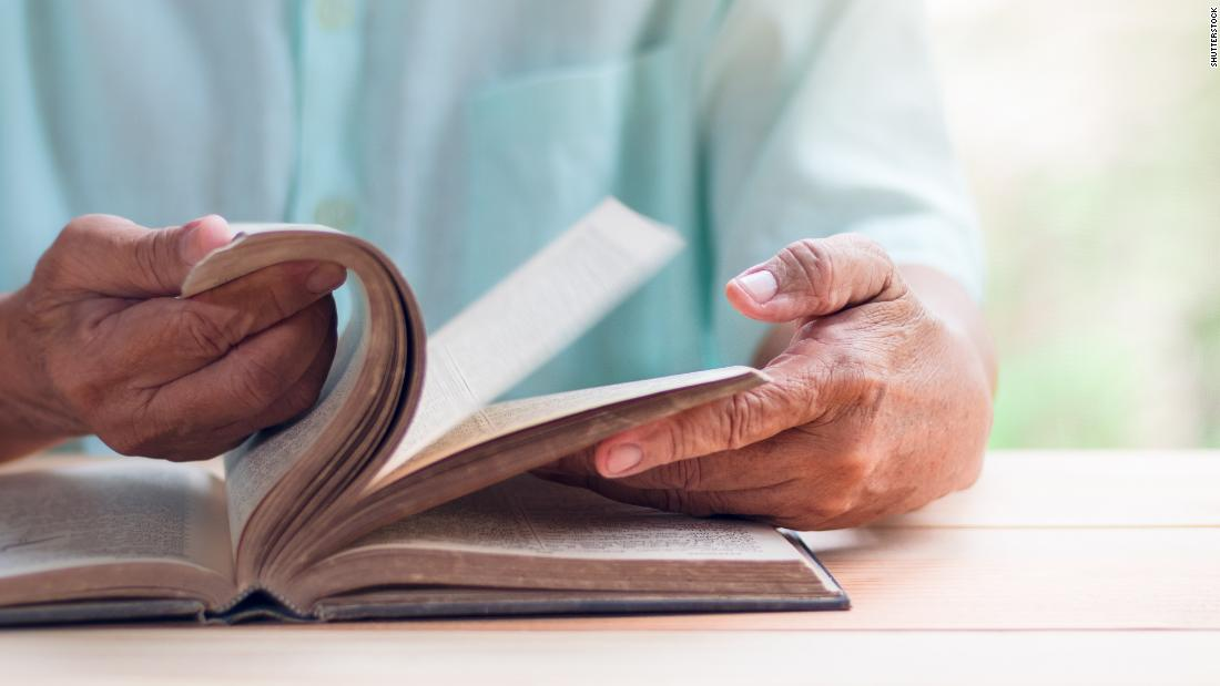 Illiterate people are twice as likely to develop dementia, study says