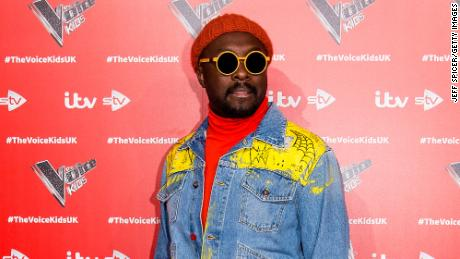 Black Eyed Peas' frontman Will.i.am said on Twitter that he thinks he was targeted following a misunderstanding on an airplane flight.