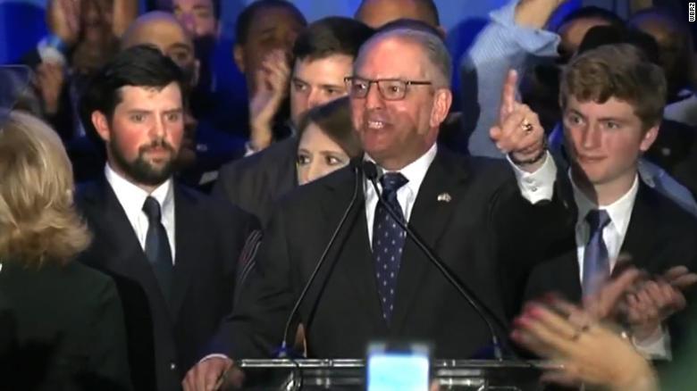 В Луизиане победил губернатор - демократ - Джон Бел Эдвардс.