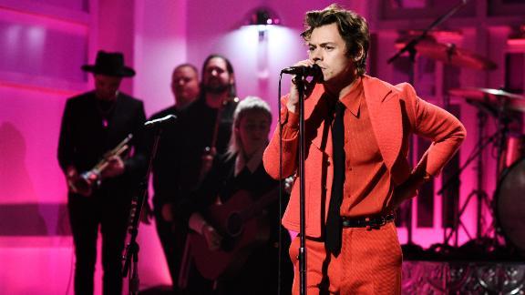 "Harry Styles performs ""Watermelon Sugar"" on ""Saturday Night Live,"" November 16, 2019."
