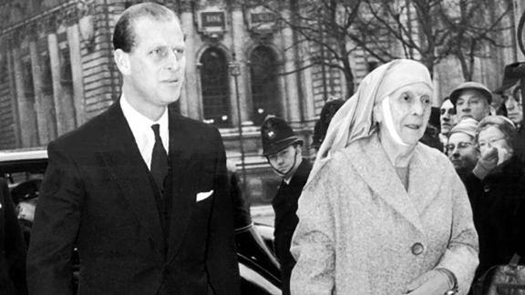 The Duke of Edinburgh escorting his mother into Westminster Abbey on July 3, 1960.