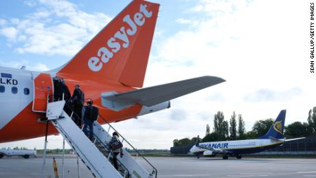 EasyJet flights are now carbon neutral