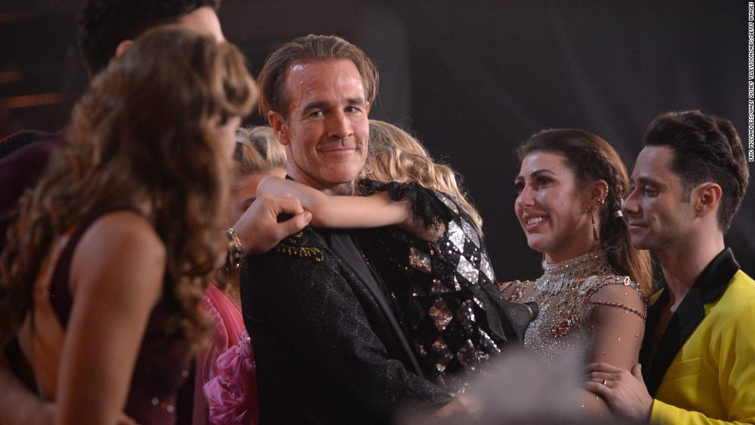 Vòng bán kết 'Dancing With the Stars' khiến khán giả và thí sinh rơi nước mắt