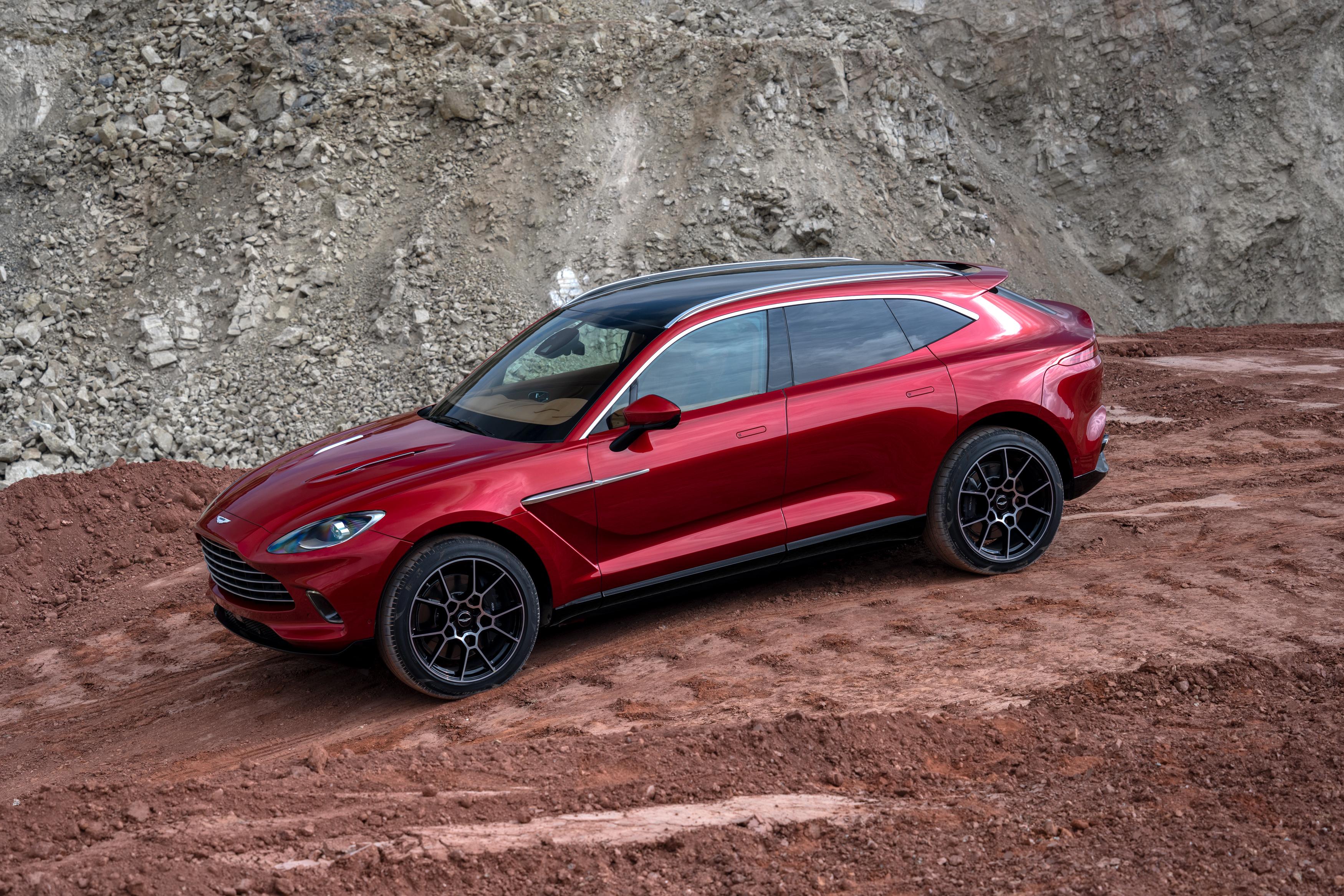 Aston Martin Reveals Its First Suv Cnn Video