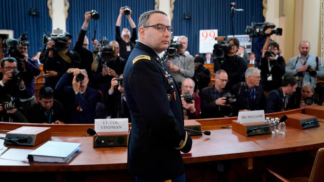 Der nationale Sicherheitsberater sagt Vindman Brüder waren nicht gefeuert