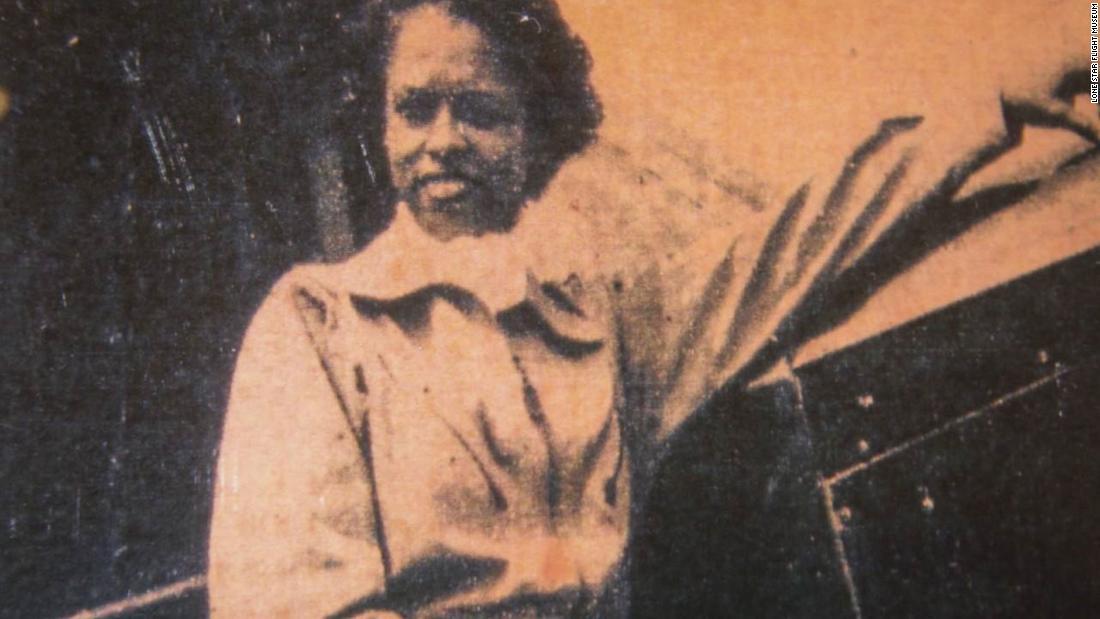 Azellia Λευκό, ένα πρωτοποριακό Αφρικής Αμερικανίδα πιλότος είναι νεκρός στο 106