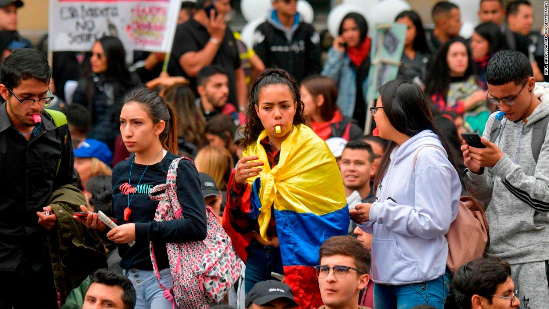 Colombia closes borders as it braces for nationwide strike