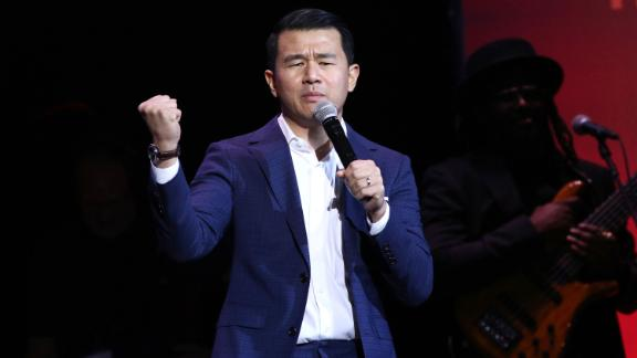 """<strong>""""Ronny Chieng: Asian Comedian Destroys America!""""</strong>: Comedian, """"The Daily Show"""" correspondent and """"Crazy Rich Asians"""" actor shares his unapologetic perspective about his journey to America thus far. (<strong>Netflix) </strong><br />"""