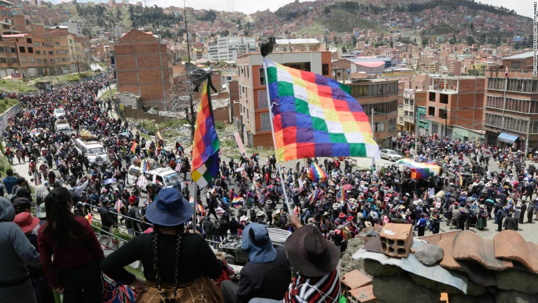 Bolivia presiden interim mengumumkan perundingan perdamaian