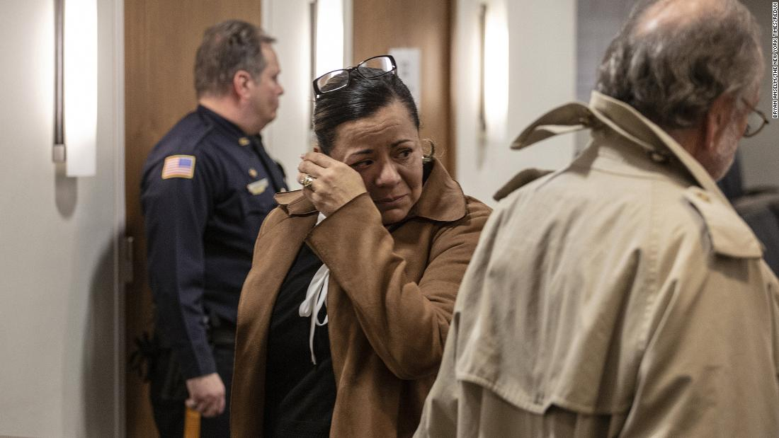 NJ woman faces up to 10 years in prison in texting while driving fatality