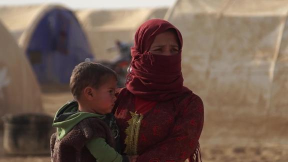 Syria displaced kurdish people Ward pkg vpx_00015313.jpg