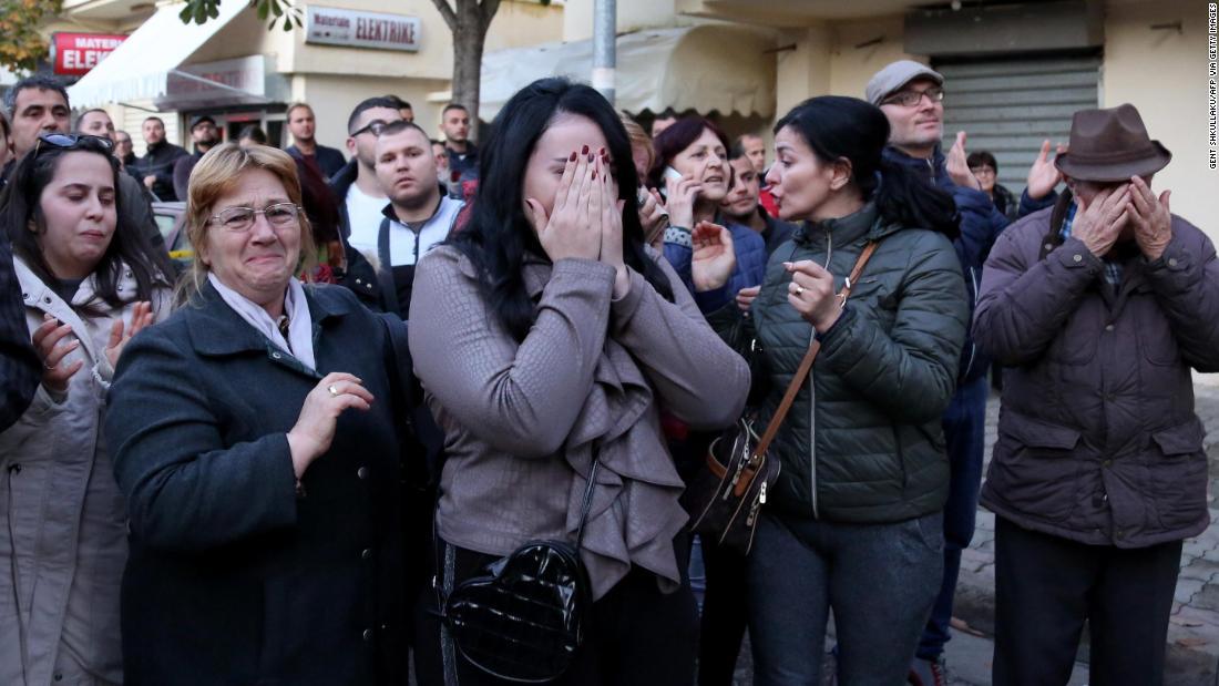 Albanian Prime Minister ' s future daughter-in-law unter Dutzende tote bei Erdbeben