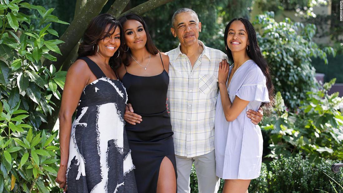 Η μισέλ Ομπάμα περιγράφει την οικογένειά της καθημερινής ρουτίνας κατά τη διάρκεια του αυτο-απομόνωσης