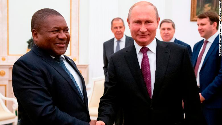 Russian President Vladimir Putin and Mozambique's President Filipe Nyusi meet at the Kremlin in August.