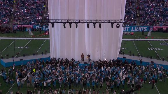 The power went out briefly during the halftime show at the NFL Thanksgiving Day Classic in Detroit.