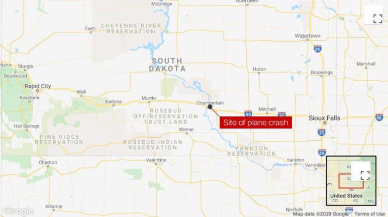 9 dead in South Dakota plane crash