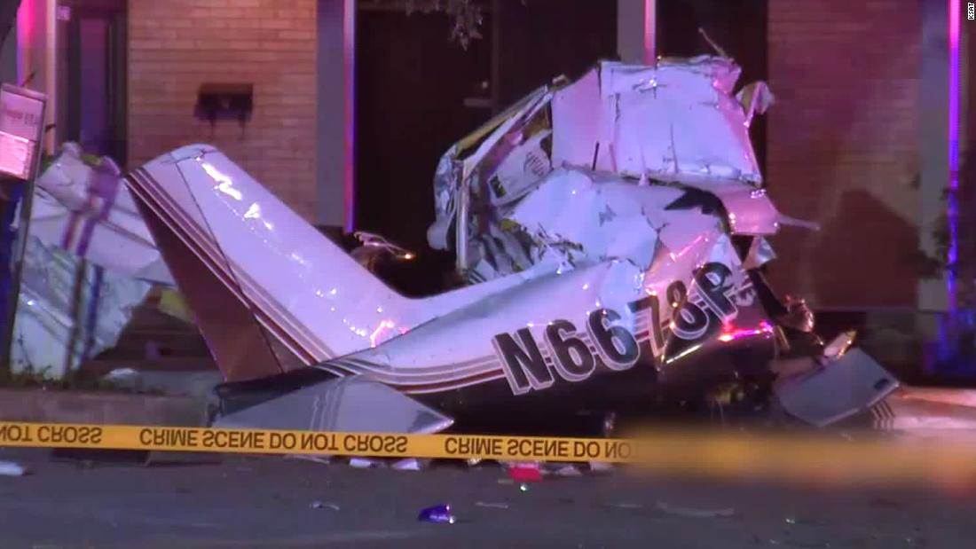 3 dead after a plane crashes during an emergency landing in San Antonio