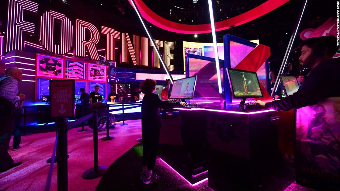 How Fortnite changed Nintendo and GameStop forever - CNN thumbnail