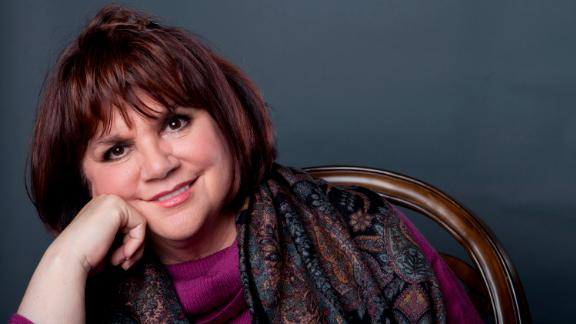 """In 2013, Ronstadt revealed that she could no longer sing because of Parkinson's disease. """"I just lost a lot of different colors of my voice,"""" she says in CNN Films' documentary. """"Singing is really complex. And I was made most aware of it by having it banished. I can still sing in my mind, but I can't do it physically."""""""