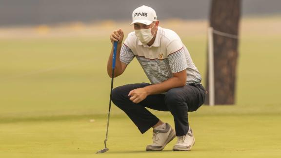 Ryan Chisnall of New Zealand wears an anti-pollution mask during the opening round of the 2019 Emirates Australian Open at The Australian Golf Club in Sydney, New South Wales, Australia, 05 December 2019. Emergency warnings were issued on 05 December for bushfires in New South Wales with much of the state facing record-breaking poor air quality ratings. Australian Open golf championships in Sydney, Australia - 05 Dec 2019