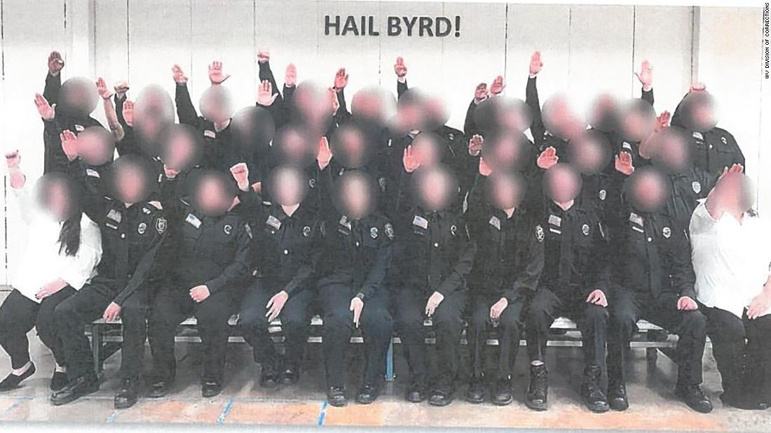 Die richtige Antwort auf cadets' empörenden Nazi-salute
