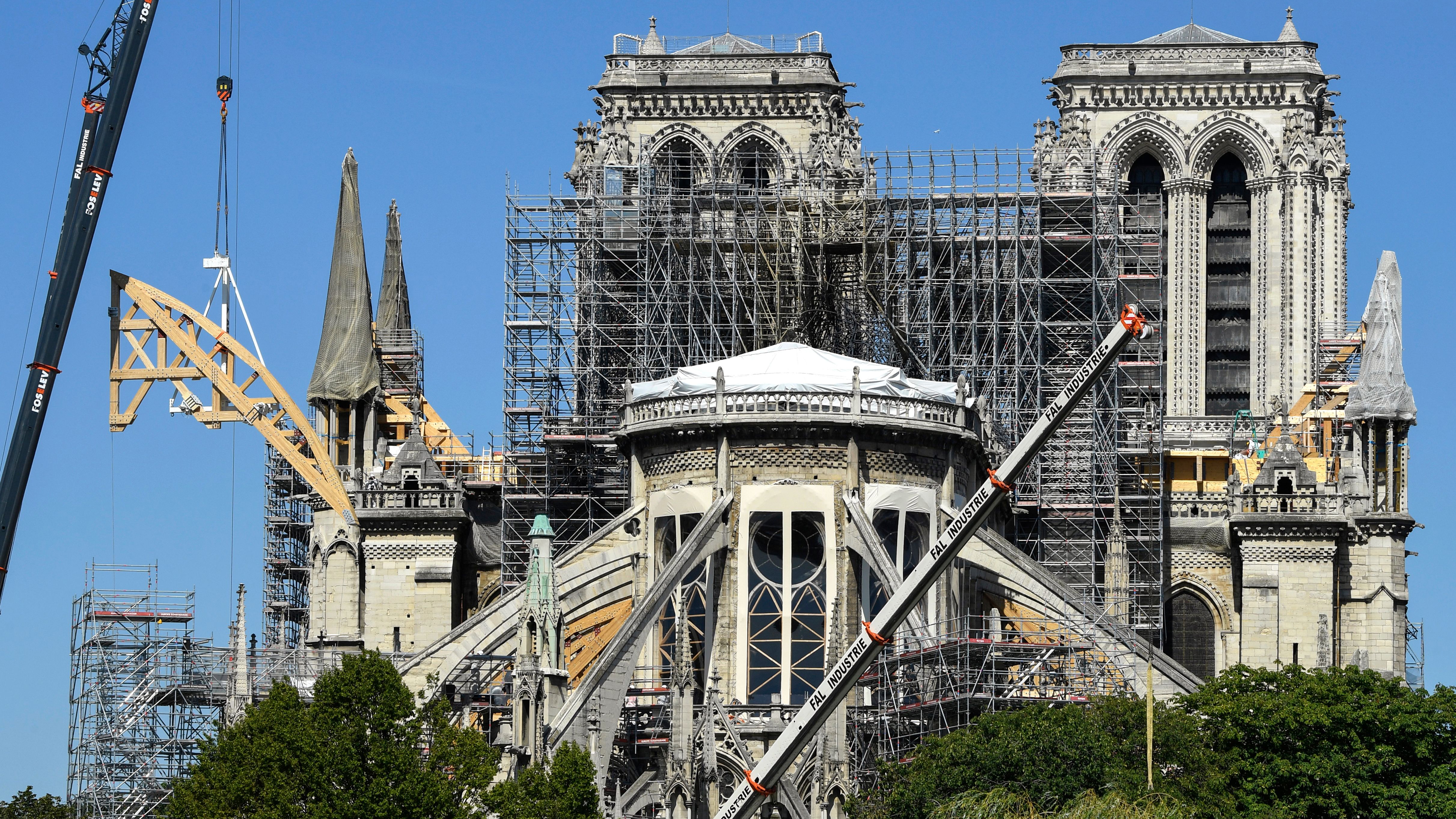 Notre Dame Paris Christmas Mass 2021 Notre Dame No Christmas Mass For First Time In 200 Years Cnn