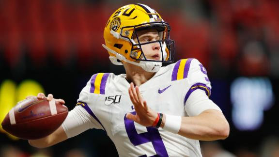 ATLANTA, GEORGIA - DECEMBER 07: Joe Burrow #9 of the LSU Tigers warms up before the SEC Championship game against the Georgia Bulldogs at Mercedes-Benz Stadium on December 07, 2019 in Atlanta, Georgia. (Photo by Kevin C. Cox/Getty Images)