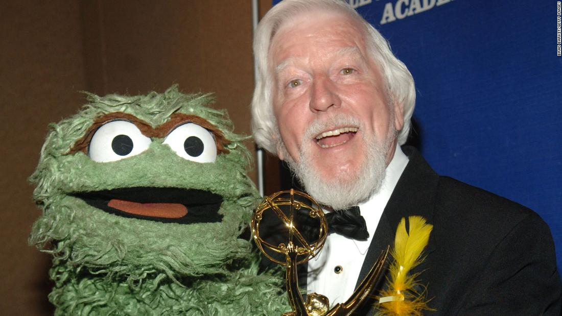 Caroll Spinney The Sesame Street Puppeteer Behind Big Bird