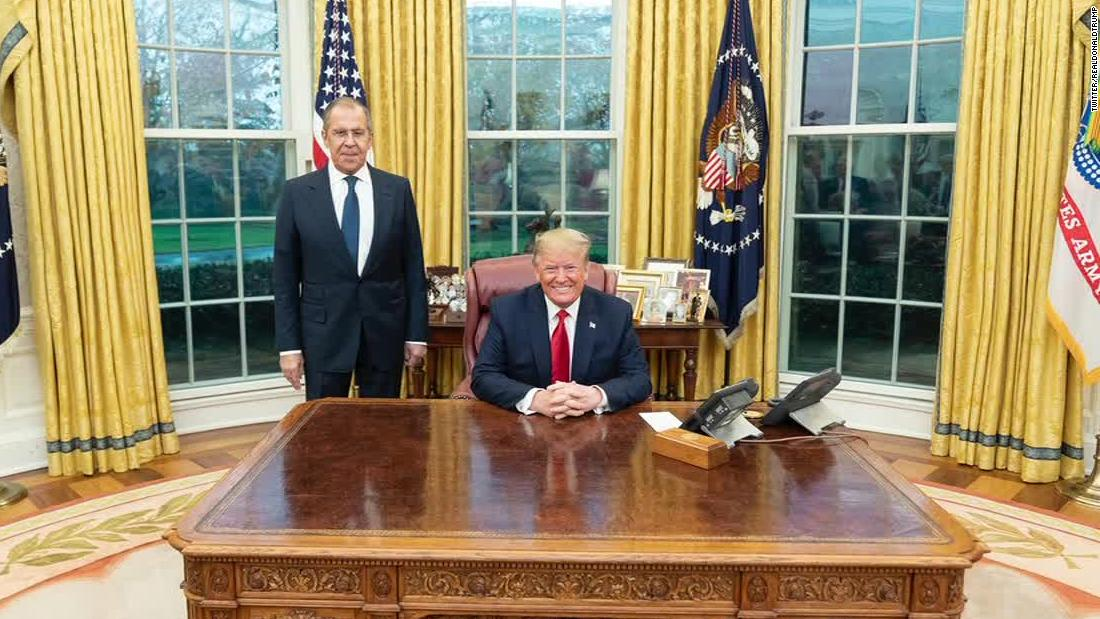 McCabe: We've never seen an Oval Office photo like this