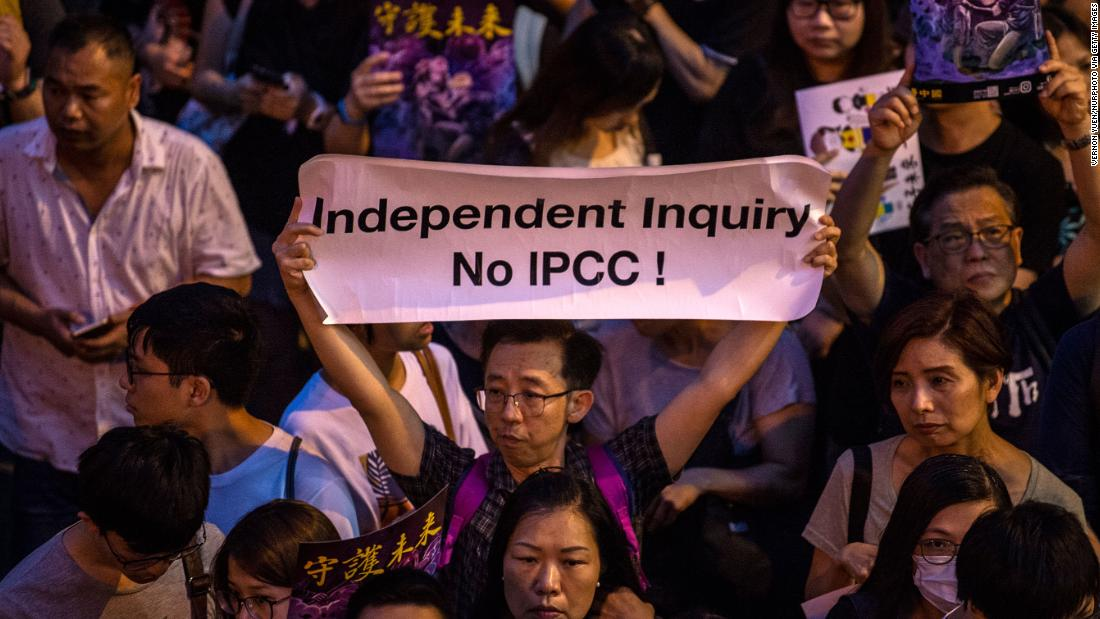 Foreign experts in Hong Kong leave inquiry into police brutality during protests